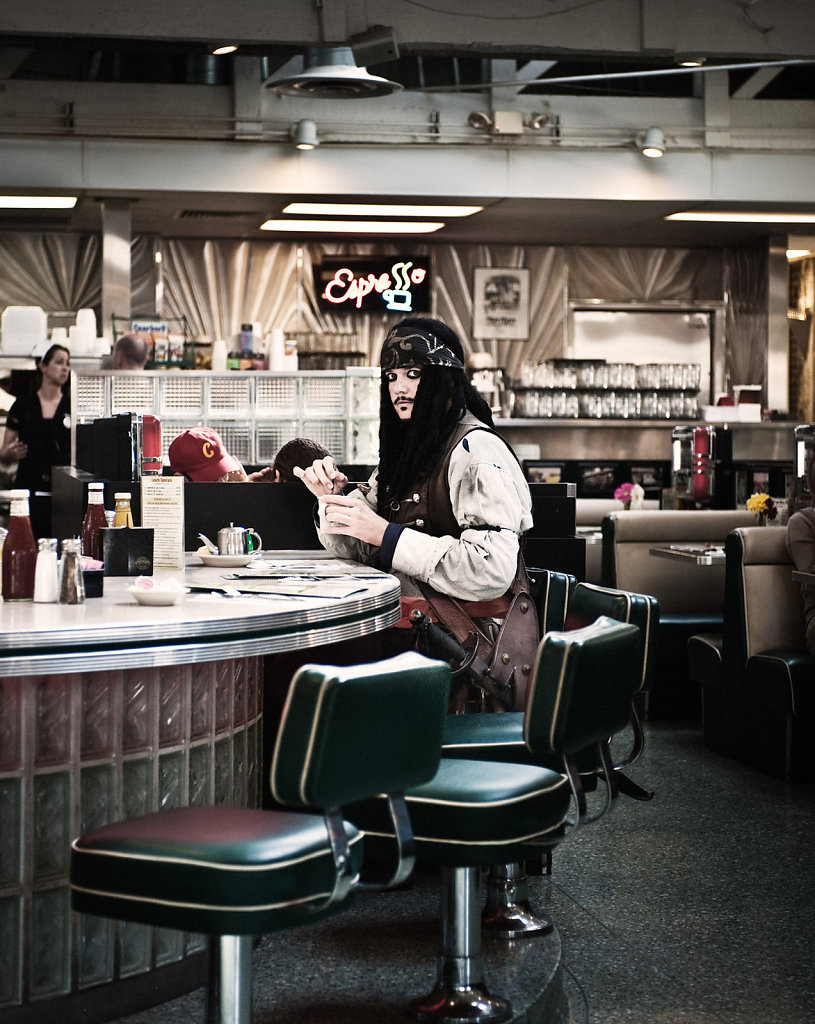Jack Sparrow (aka Tristan), Mels Diner, Hollywood